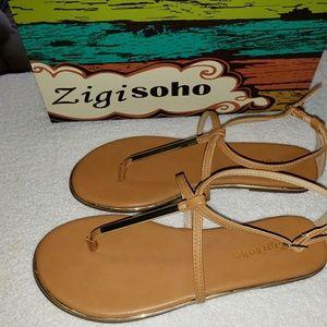 Zigi Soho Women's Flat Sandals